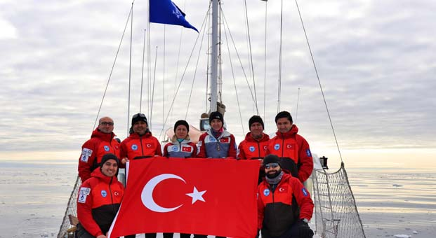 Kuzey kutbuna ilk Türk bilimsel seferi İş Bankası'nın desteğiyle gerçekleştirildi