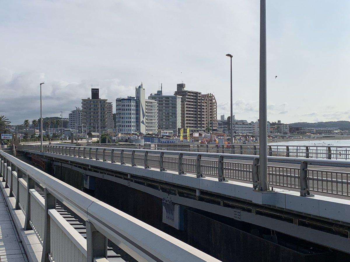 弁天橋から江の島入口交差点
