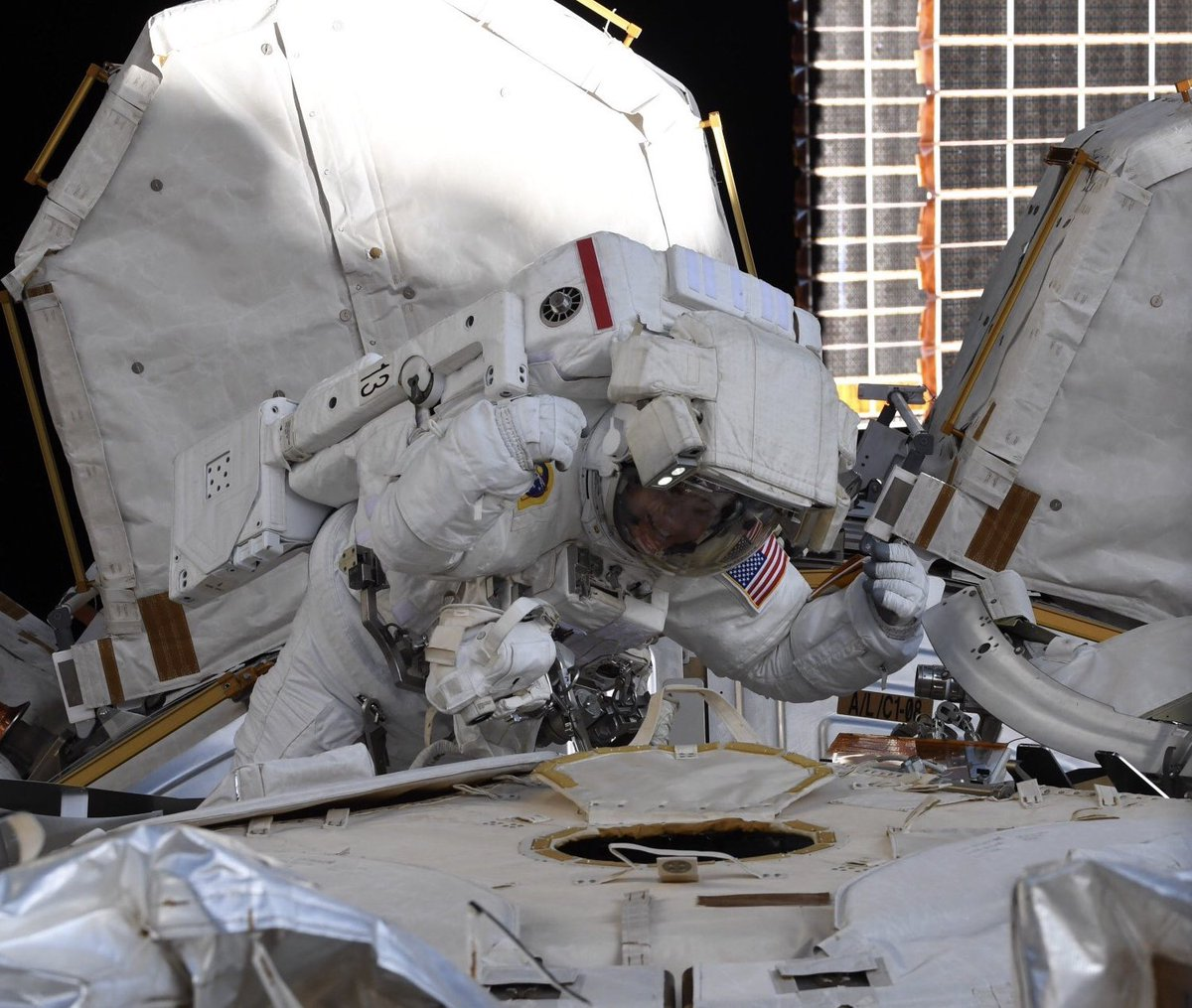 @Babak08170979 @ISS_Research EVA!! I like fixing things, solving problems and working in complicated environments while being physically/mentally challenged and relying on a big teams. EVA was all those things (amazing view included).