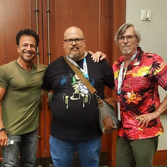 I got to moderate a panel with John Romita Jr and Tom Grummett today at Comic Con Honolulu! It was great! Big thanks to @artildawn for throwing my name out there and thanks to @leijiharlock for taking these pics! #johnromitajr #tomgrummett #comicconhonolulu2019 https://t.co/3ZwtjkUU7M