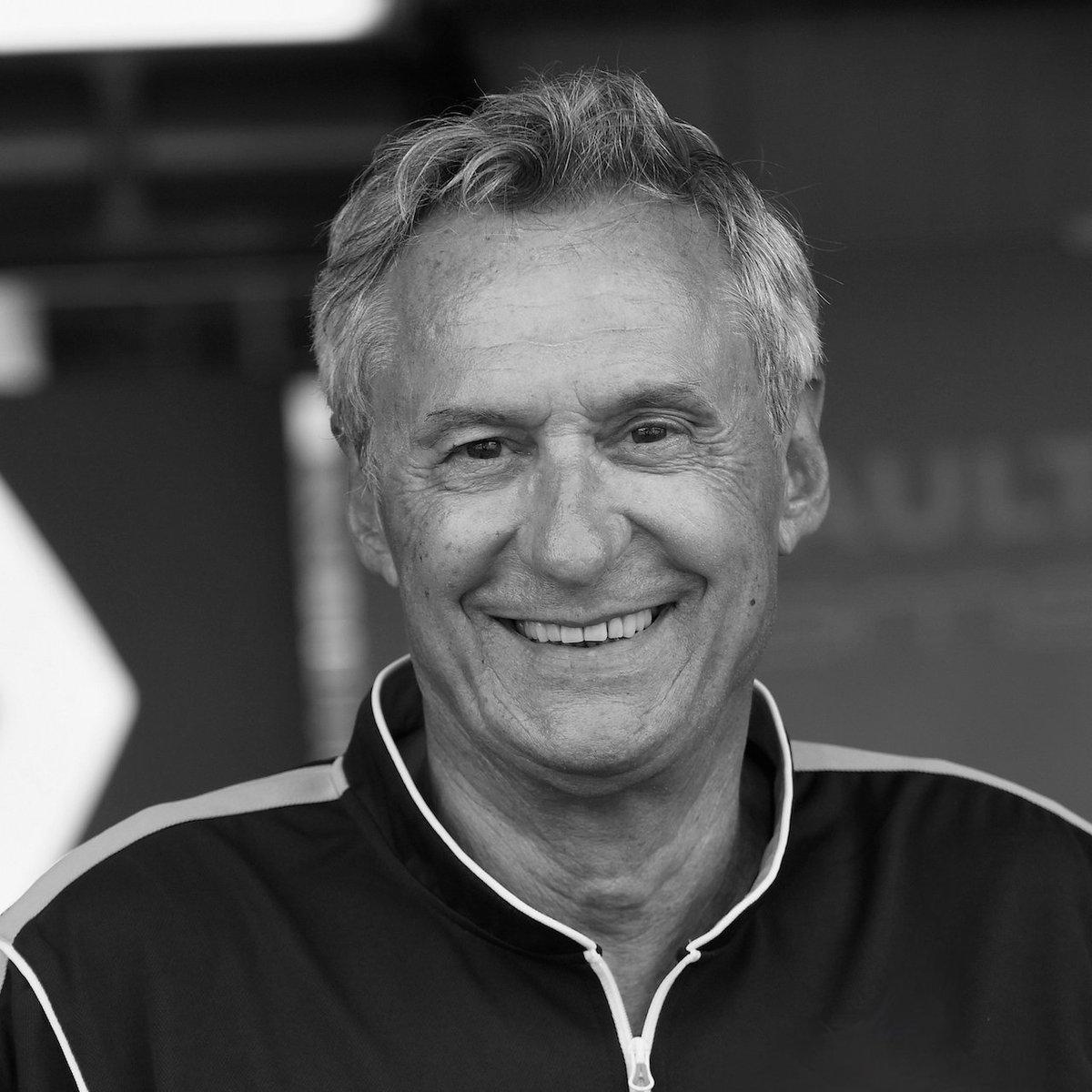 """Très triste nouvelle. Jean Paul était un vrai passionné et un vrai """"racer"""". Je lui serai à jamais reconnaissant de m'avoir permis de revenir en @F1. Il a fait énormément pour le sport auto français. Tu vas nous manquer JP."""