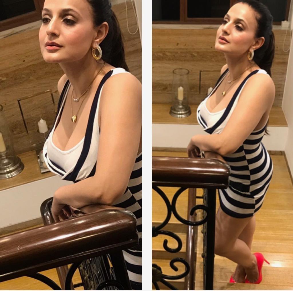 "Amisha Patel Hot Boobs Pics ameesha patel on twitter: ""💖🌈❤️… """