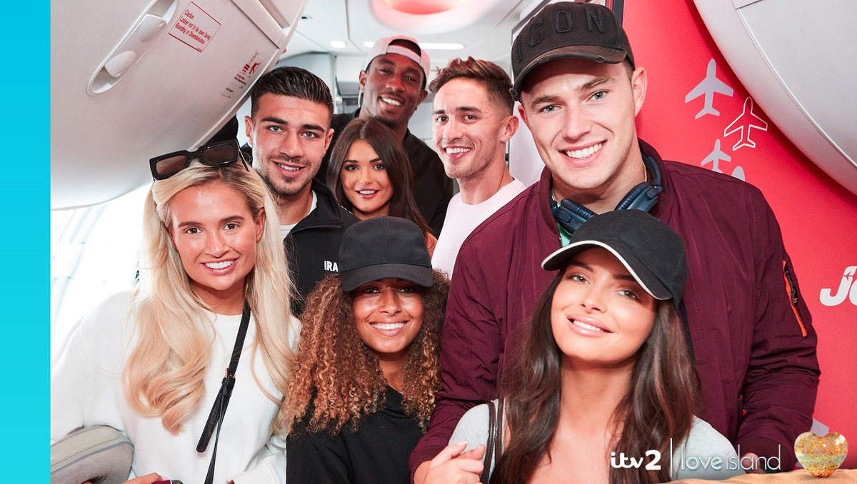 It was all smiles when they returned to the UK, but whos going to bring the drama tonight? 💥💥 Love Island: The Reunion at 9pm on @ITV2 #LoveIsland