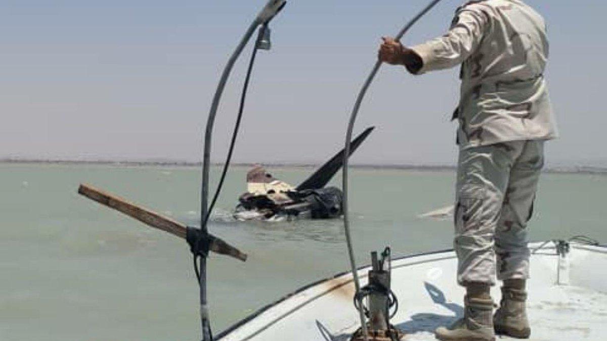 تحطم مقاتله ايرانيه قرب بوشهر جنوب ايران  EBITJyJWsAEeMFT