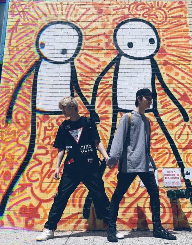 RT @cinnamonyoong: we moonbaeing 😂👬👭  #deobiselcaday #thebselcaday https://t.co/M4P1xqUN7Y