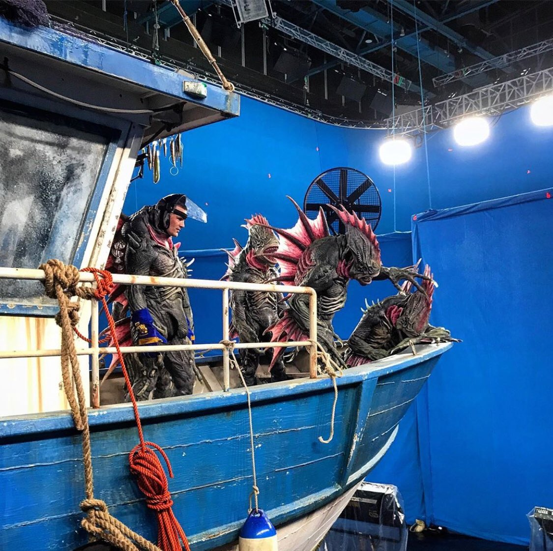 Marvel: use cgi, practical is too much effort Aquaman: HOLD