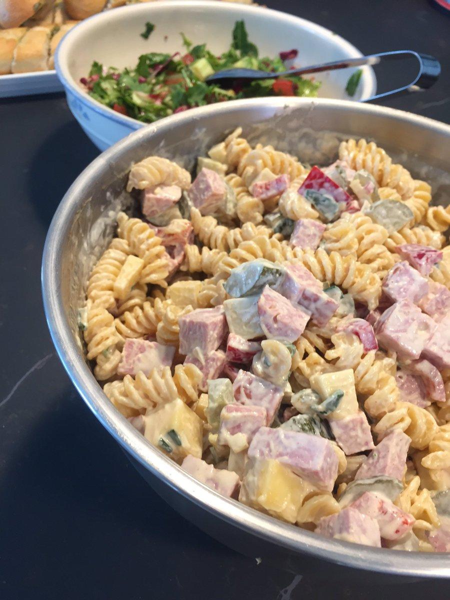 Tonnikala pastasalaatti