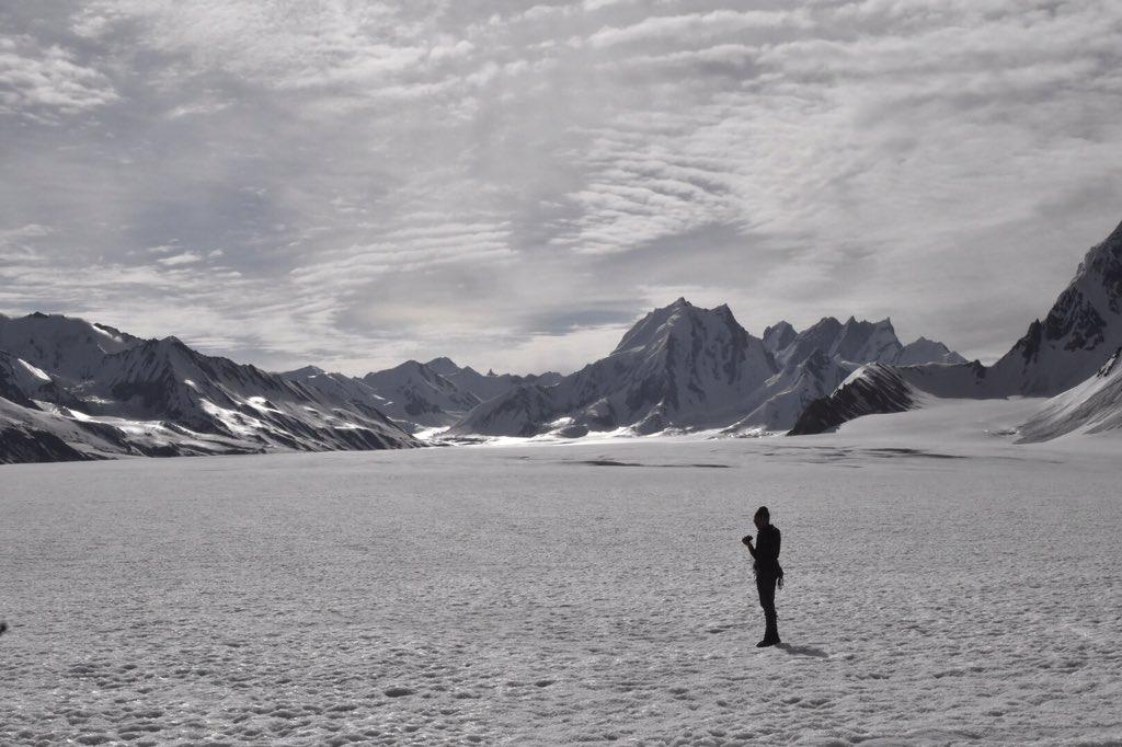 Algunas fotos de los glaciares del Biafo e Hispar en el Karakoram.  Aún quedan sitios bellos, salvajes y aislados.