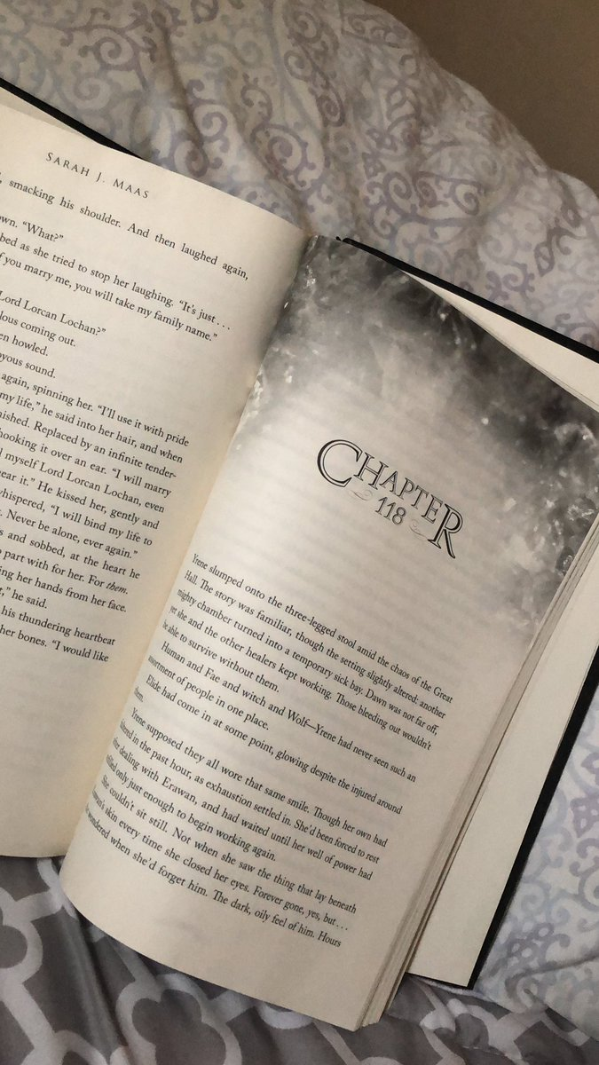 Two more chapters to go and I've been sobbing so much with the last 33 chapters..I'm absolutely in love with this series and I will forever believe in Aelin Ashryver Whitethorn Galathynius#ThroneofGlass #QueenofTerrasen #Fae #Warrior #Victoriouspic.twitter.com/UK2CgVlXzA