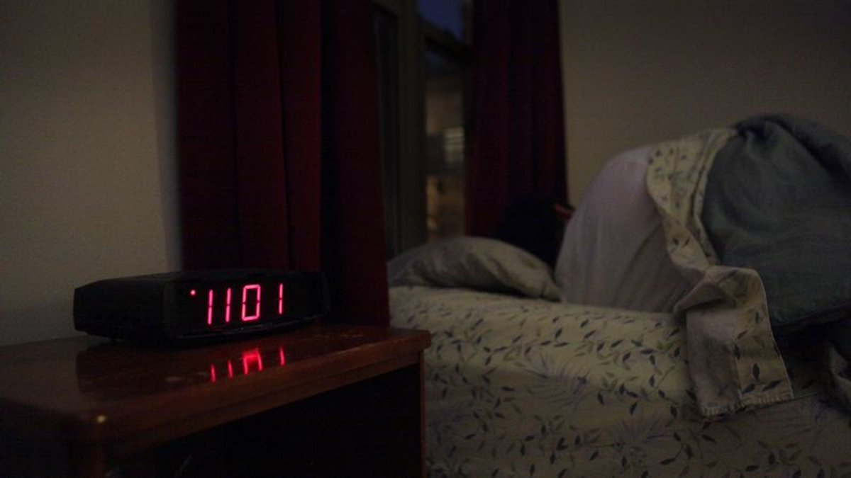 Investigation Of What Fell Off Nightstand Postponed Until Morning trib.al/pOmKr8B