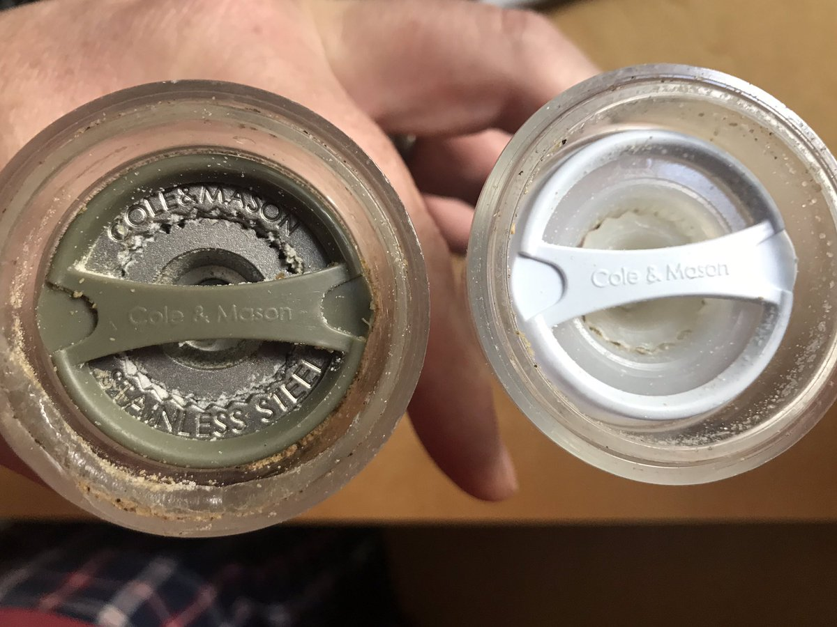 @Cole_Mason_UK random one, but I've an old set of grinders and not sure which should be peppercorns and which salt crystals? One is a stainless steel mechanism and one plastic? Can you advise which should contain which?