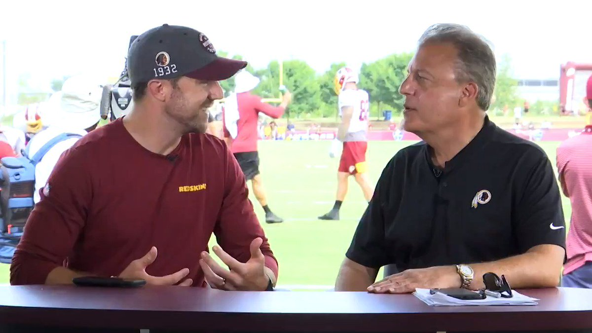 Alex Smith is helping Redskins' quarterbacks 'in any way' he can while continuing recovery