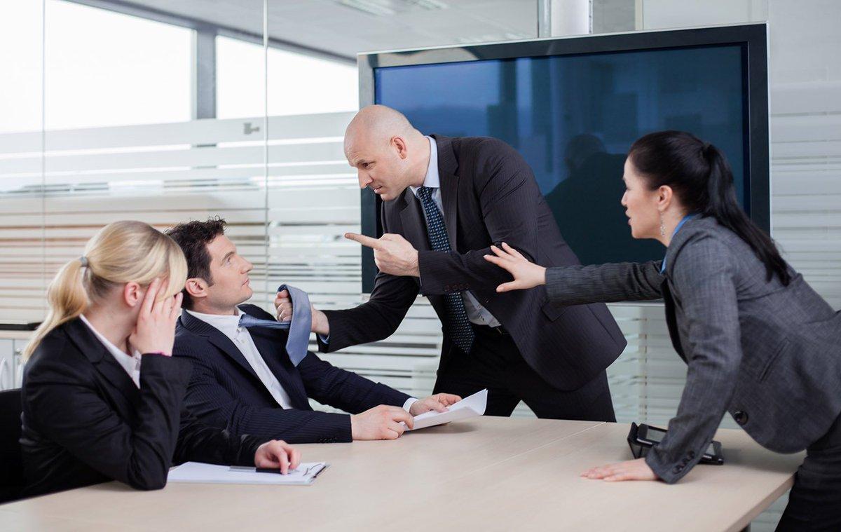 Конфликт директора и главного бухгалтера бухгалтер для сдачи отчетности ип