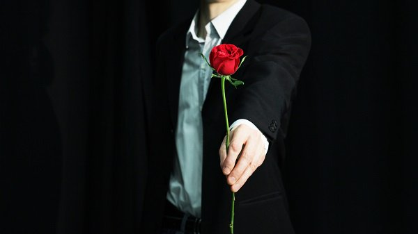 Calling all Atlanta singles & @BachelorABC fans looking for love! 'The Bachelor Live on Stage' is coming to @TheFoxTheatre next May: https://t.co/R1fp6WHXBK. @bacheloronstage https://t.co/dpeOouSM2W