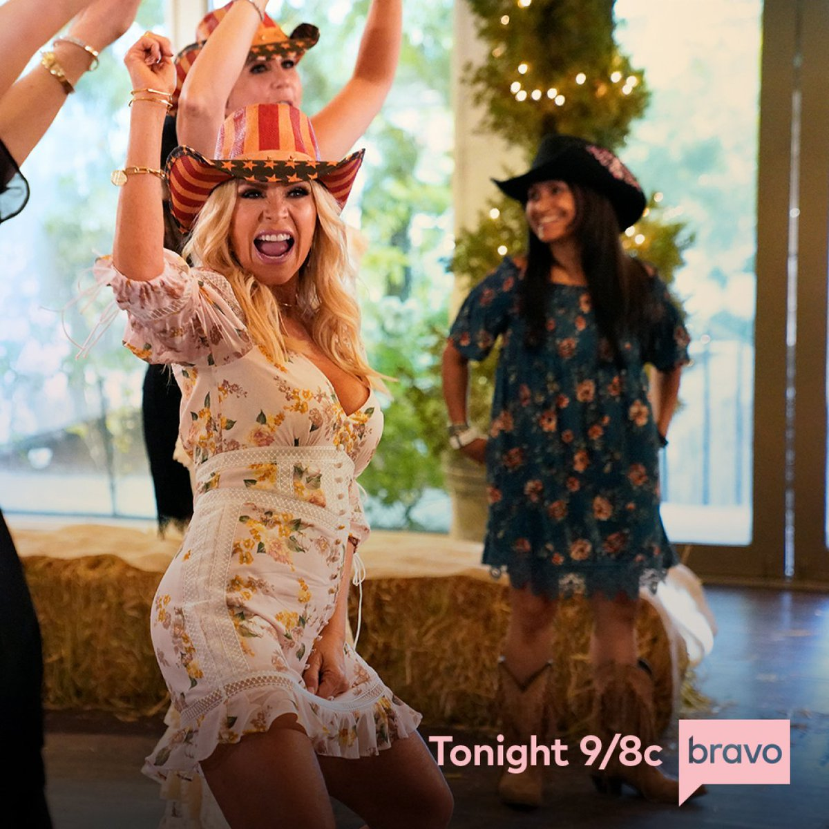 IT'S HERE! Don't miss the Season Premiere of #RHOC tonight at 9/8c on @BravoTV! 🍊