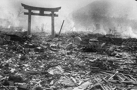 """""""Mankind invented the atomic bomb, but no mouse would ever construct a mousetrap"""".  #Hiroshima #6agosto #august6th<br>http://pic.twitter.com/ju4MwvEqvR"""