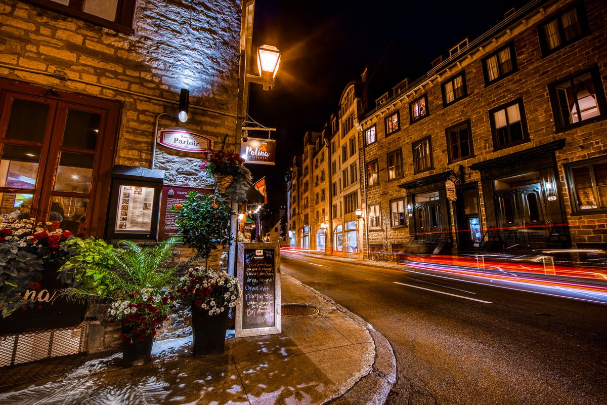 The streets of Quebec City are beautiful at night.... 🌃 #mattsroadtrip