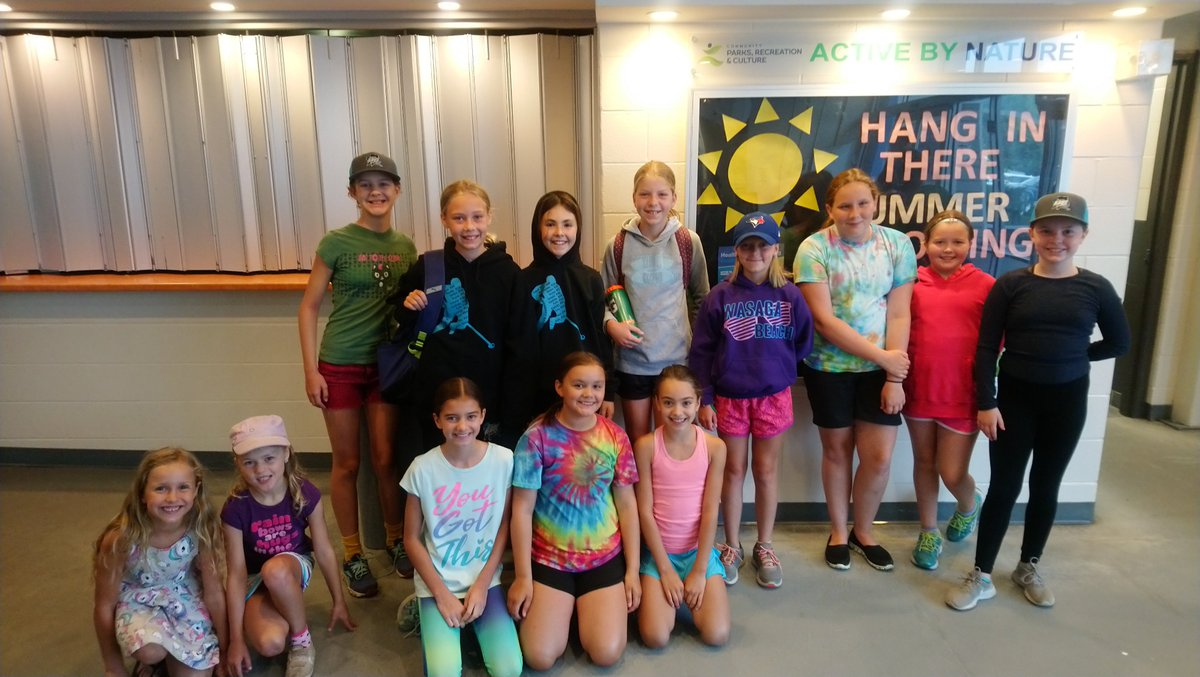 These are just some of the kids super excited for East Gwillimbury Ringette Camp today!  The kids were looking forward to hitting the ice again and getting ready for the upcoming season.  Go Rays!  #newmarketringette #newmarket #ringette #whatoffseason #ringettecamp #camp #funpic.twitter.com/8ov9mfdj1y
