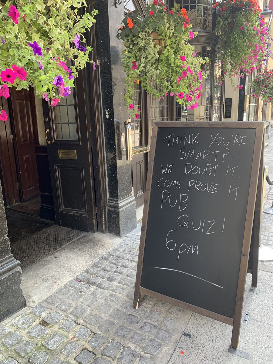 Do you think your smart enough?? Test yourself tonight at 6pm at our weekly #pubquiz!  Free to play, and drinks to be won! https://t.co/bUpbuv4VOK