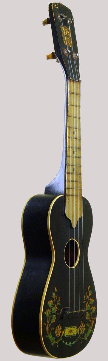 Globe chicago 1928 trufret one piece fretboard ukulele