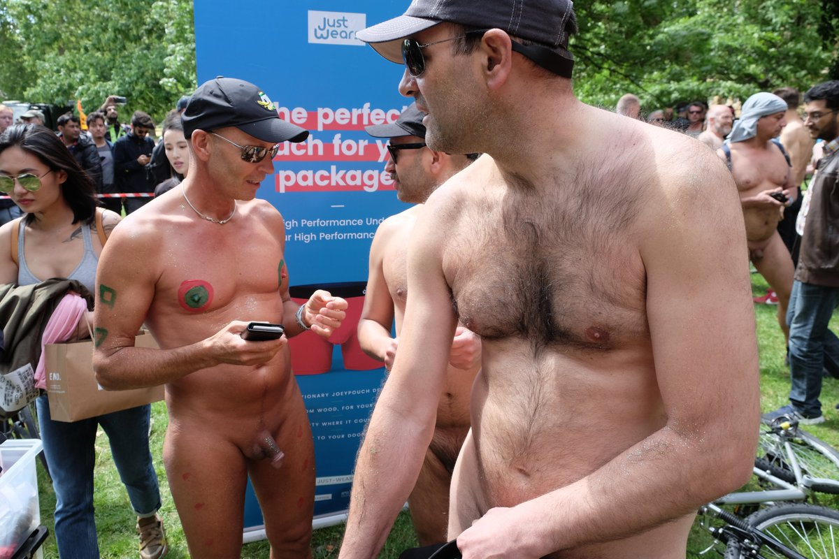Nude men pics by tag