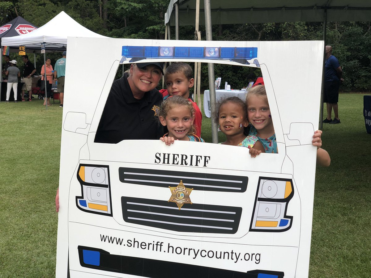 Great night for #NationalNightOut in #HorryCounty  Made new friends and memories  Shared laughs and had fun  #HorrySheriff #BecauseICare <br>http://pic.twitter.com/sw7LGUG3XG