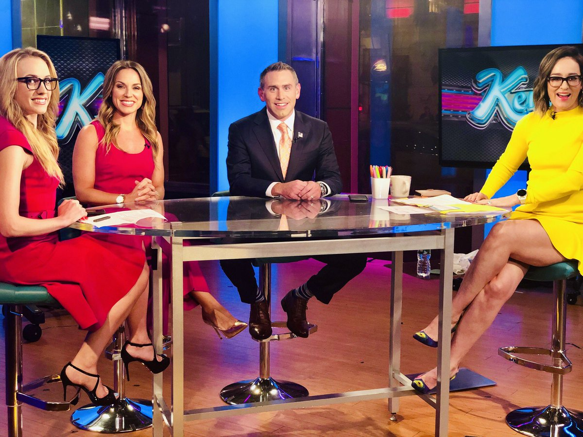 It's after 9pm and I'm still awake... only for @KennedyNation and this fun Party Panel. G'night people!