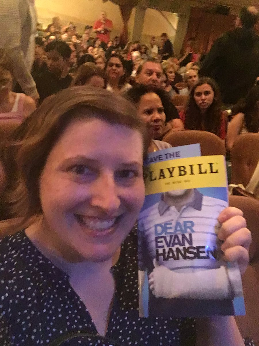 Dear Evan Hansen (@DearEvanHansen) | Twitter