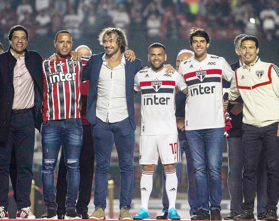 @DaniAlvesD2 bem-vindo a família tricolor!!!