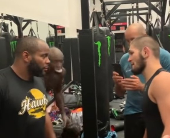 Is amazing that Khabib looks slightly taller than Cormier who is a serious heavy weight.  #mma #ufc