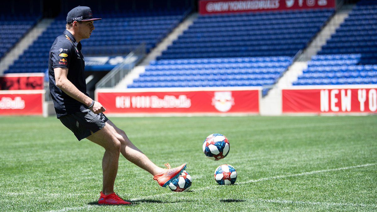 All set for the football season @NewYorkRedBulls ⚽️ We better keep practicing... 😂 @Citrix