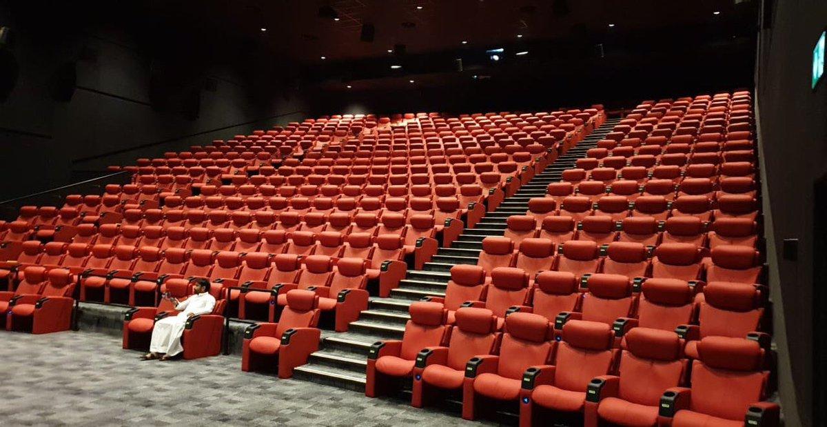 مشاريع السعودية No Twitter مجموعة الحكير ت دشن استثماراتها في مجال السينما عبر الإعلان عن 64 صالة سينما في 6 مناطق تشمل الرياض و جدة و الدمام و نجران و جازان وتبوك وستكون