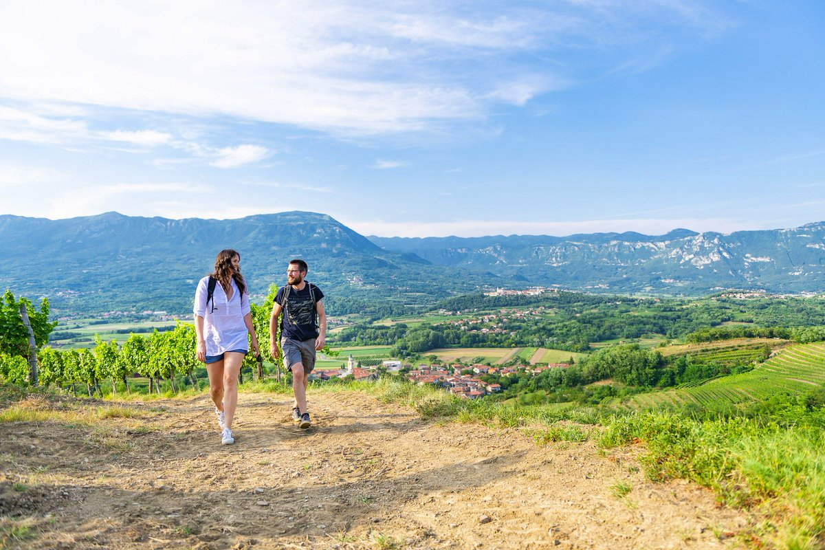 Hiking in the Vipava Valley is always a good idea! 👍#VipavaValley #Slovenia #ifeelsLOVEnia #hiking #hikingadventures