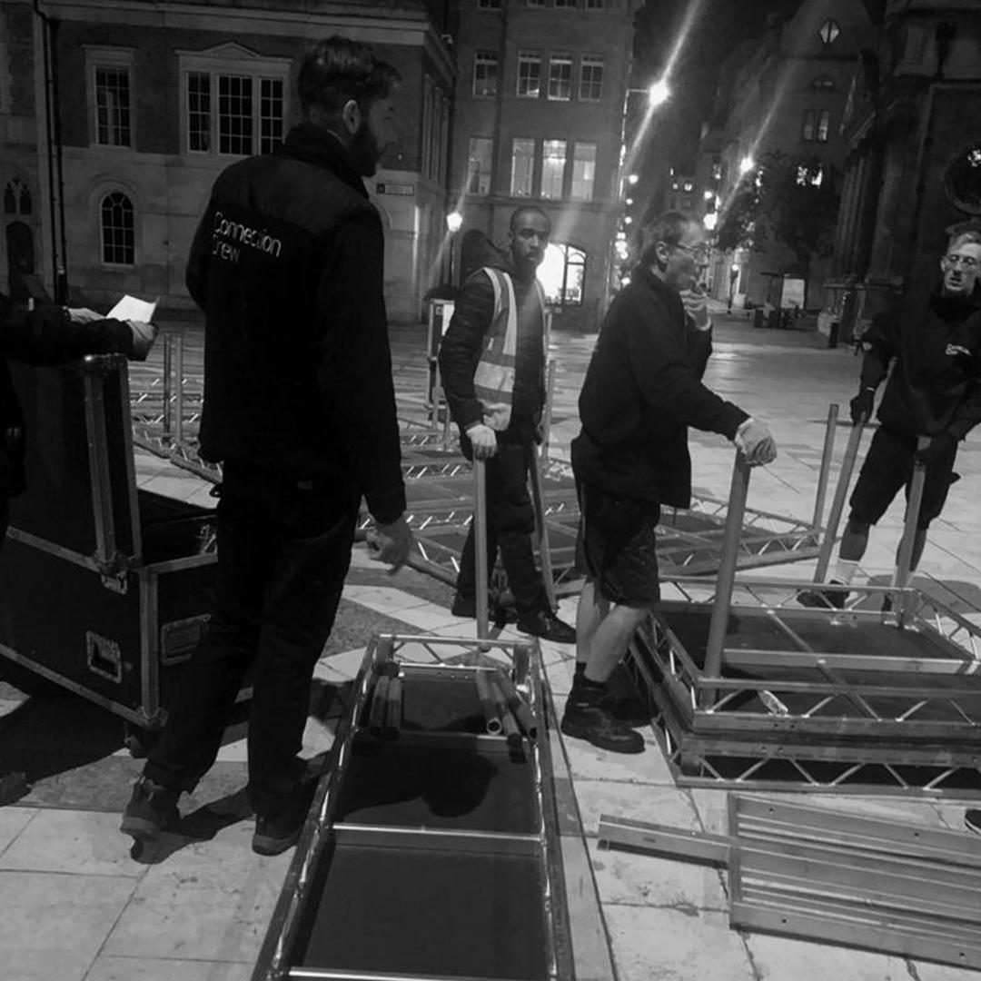 Working with @ConnectionCrew on an early morning outdoor build #EOL #eventprofs #London #eventproduction #earlymorning #outdoorevents https://t.co/PdF50njDSb