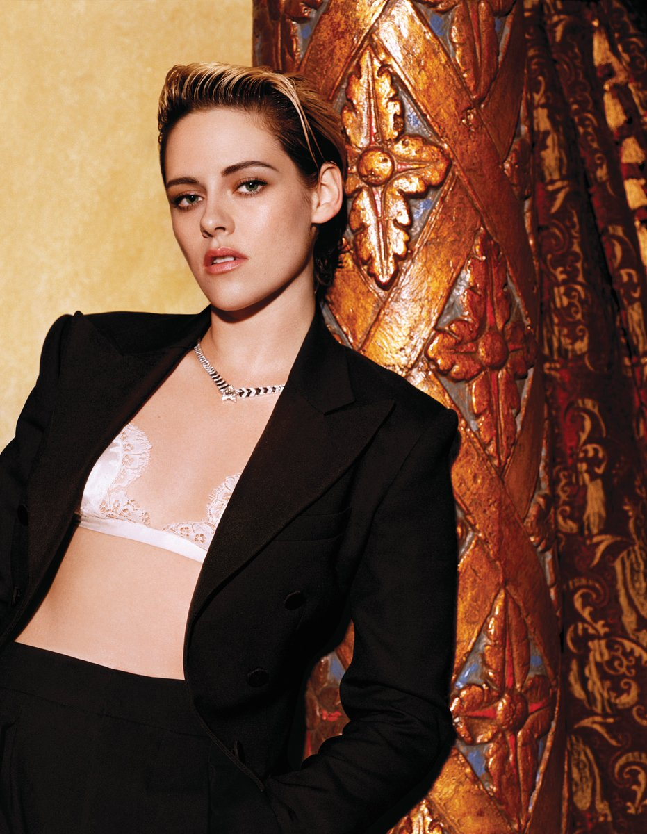 .@VanityFair September issue star Kristen Stewart wears a Ralph Lauren Collection tuxedo. #RalphLauren #RLEditorials #RLCollection