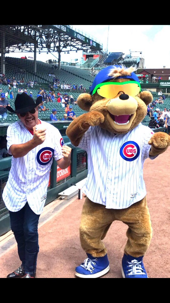 "Hangin with ""Clark"" @cubs Mascot! Play ball!"