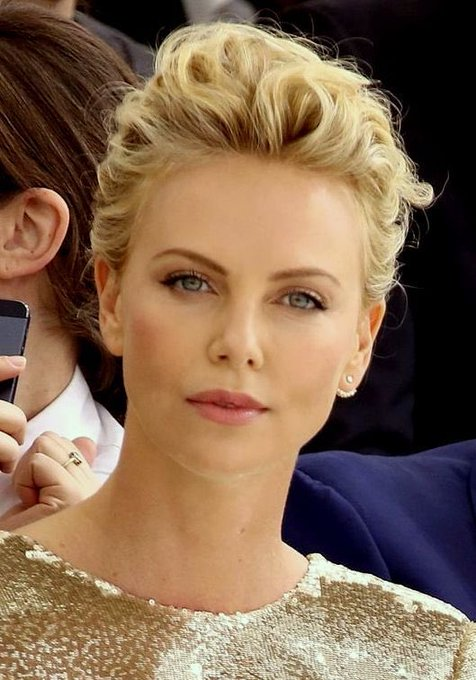 Happy Birthday wishes to Charlize Theron!