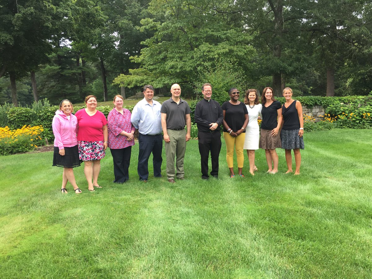 test Twitter Media - A pleasure to meet our new school leaders and be a small part of their retreat experience. A privilege to pray with them at a beautiful liturgy celebrated by retreat director, Fr. Brian Clary. Our RCAB schools are greatly blessed by these new leaders. @CSOboston @BostonCathSupt https://t.co/NYyEeuPD24