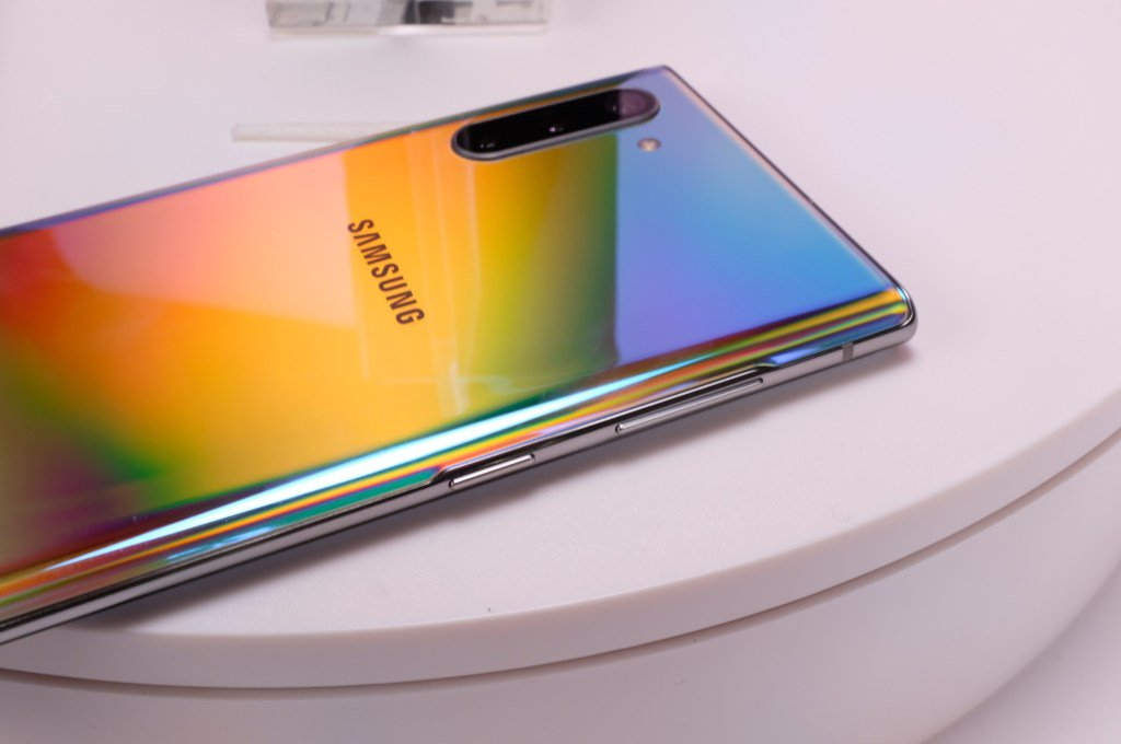 There's a 5G version of Samsung's Galaxy Note 10+ headed for Verizon by @bheater