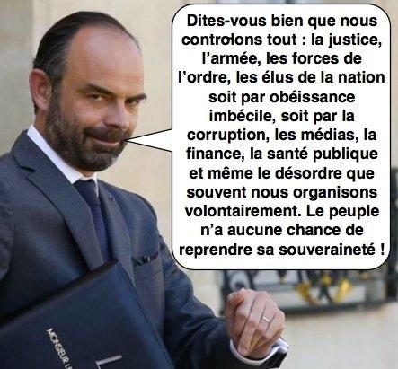 Édouard Philippe ne voit pas de lien entre «l'intervention des forces de police et la disparition de Steve». Avec ce niveau de cécité intellectuelle c'est celui qu'à choisi Macron pour être le premier ministre, un aveugle dirigeant un troupeau de moutons de votants vers l'abîme. <br>http://pic.twitter.com/8CAQF8G3PC