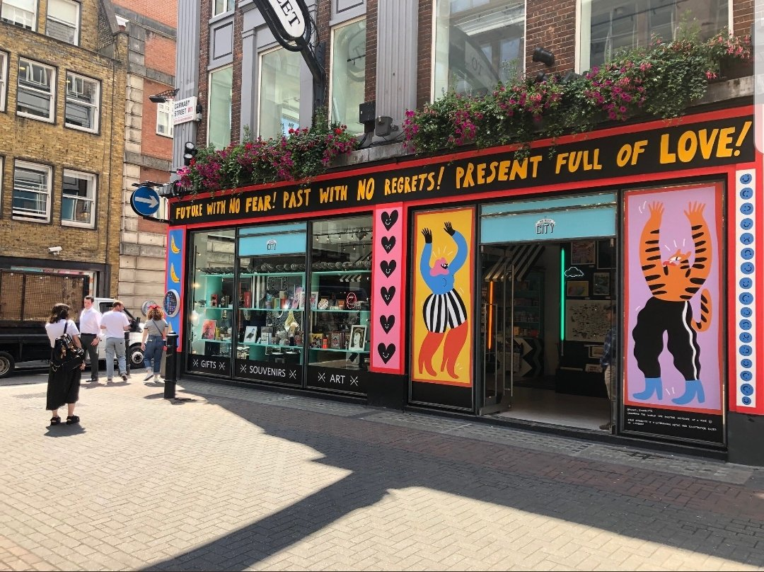 Sending much luck & solidarity to @w_b_t_c on the opening of their bold new venture... Carnaby Street baby! Quality souvenirs, prints & gifts - artist/designer made, *locally* made and most excellent. Cant wait to visit next month! Feel such a kinship with our work @TheNestUK.