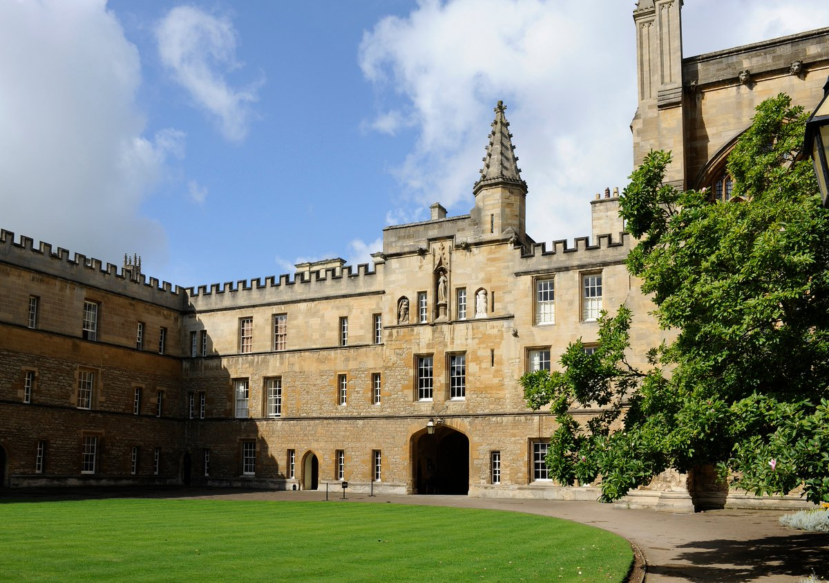New College, Oxford (@NewColle...