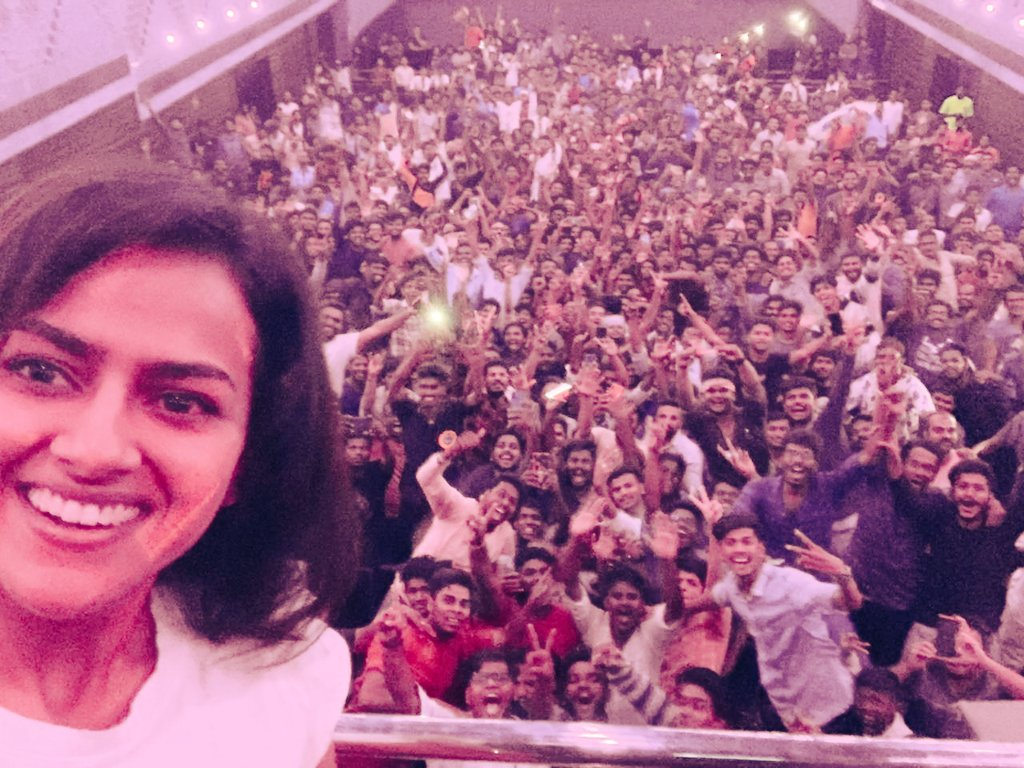A big thank you and and sheer gratitude to the army of Thala fans and perhaps 0.00001% of audience members who follow my work. Your cheers are still buzzing in my ears. https://t.co/zmnJB9Syj1