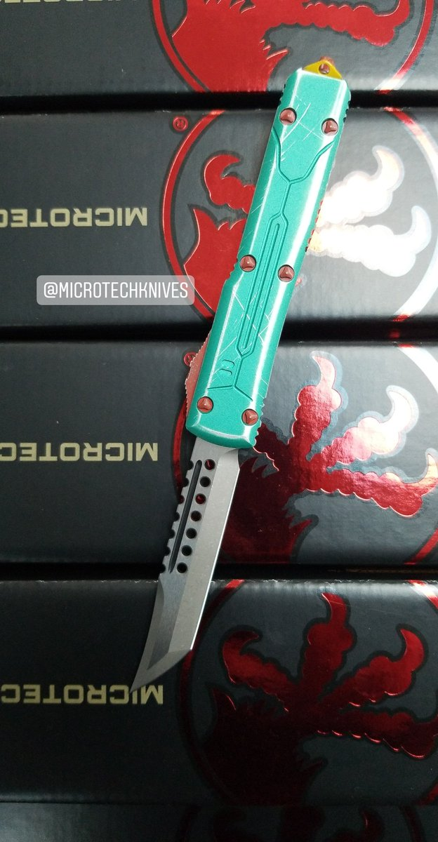 microtechknives hashtag on Twitter
