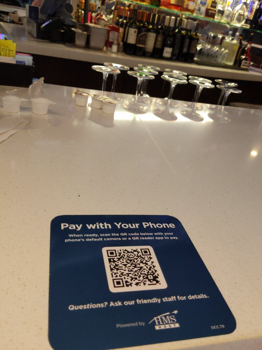 #paybyQR at the Dallas Airport w @HMSHost. Been in place about a week. Waitress little frustrated that she doesn't know when someone has used it. When it's busy she says it's a lifesaver.pic.twitter.com/yFvEPvRyJI