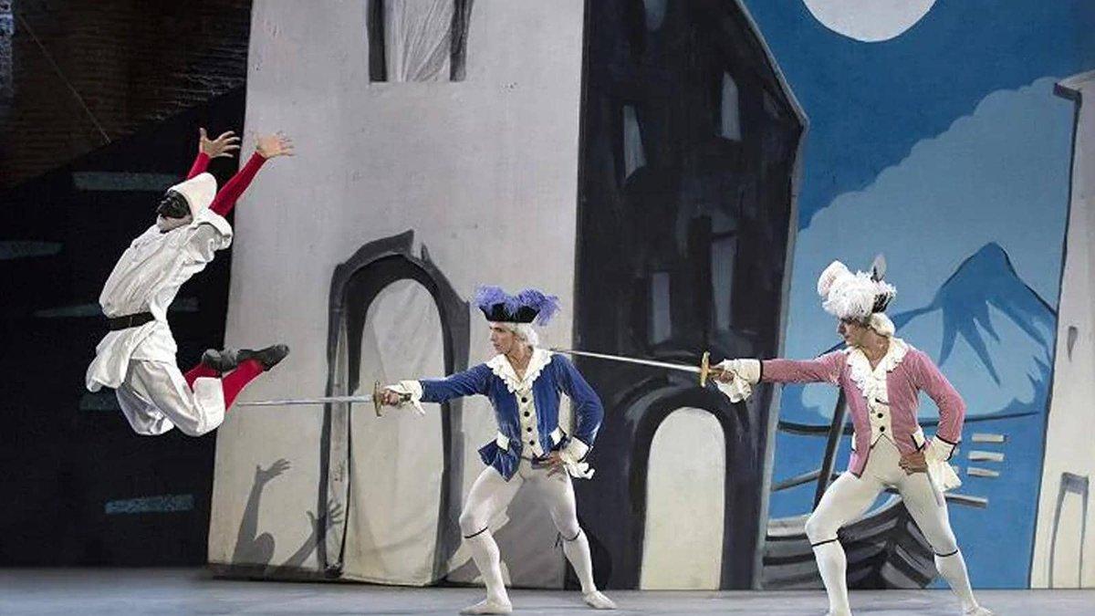 I balletti Parade e Pulcinella rappresentati nel 2017 al Teatro Grande degli Scavi di #Pompei stasera alle 21.15 su @raicinque. rai.it/ufficiostampa/…
