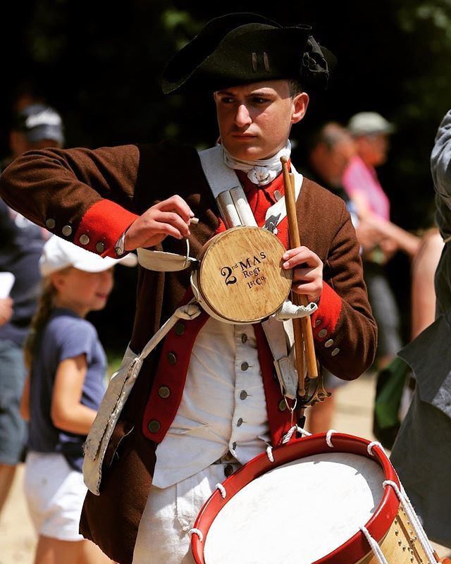 """The most persistent sound which reverberates through men's history is the beating of war drums."" -Arthur Koestler #revolutionarywar #reenactment #patriots #newengland #drums #massachusetts https://t.co/vDKb2wqJko"