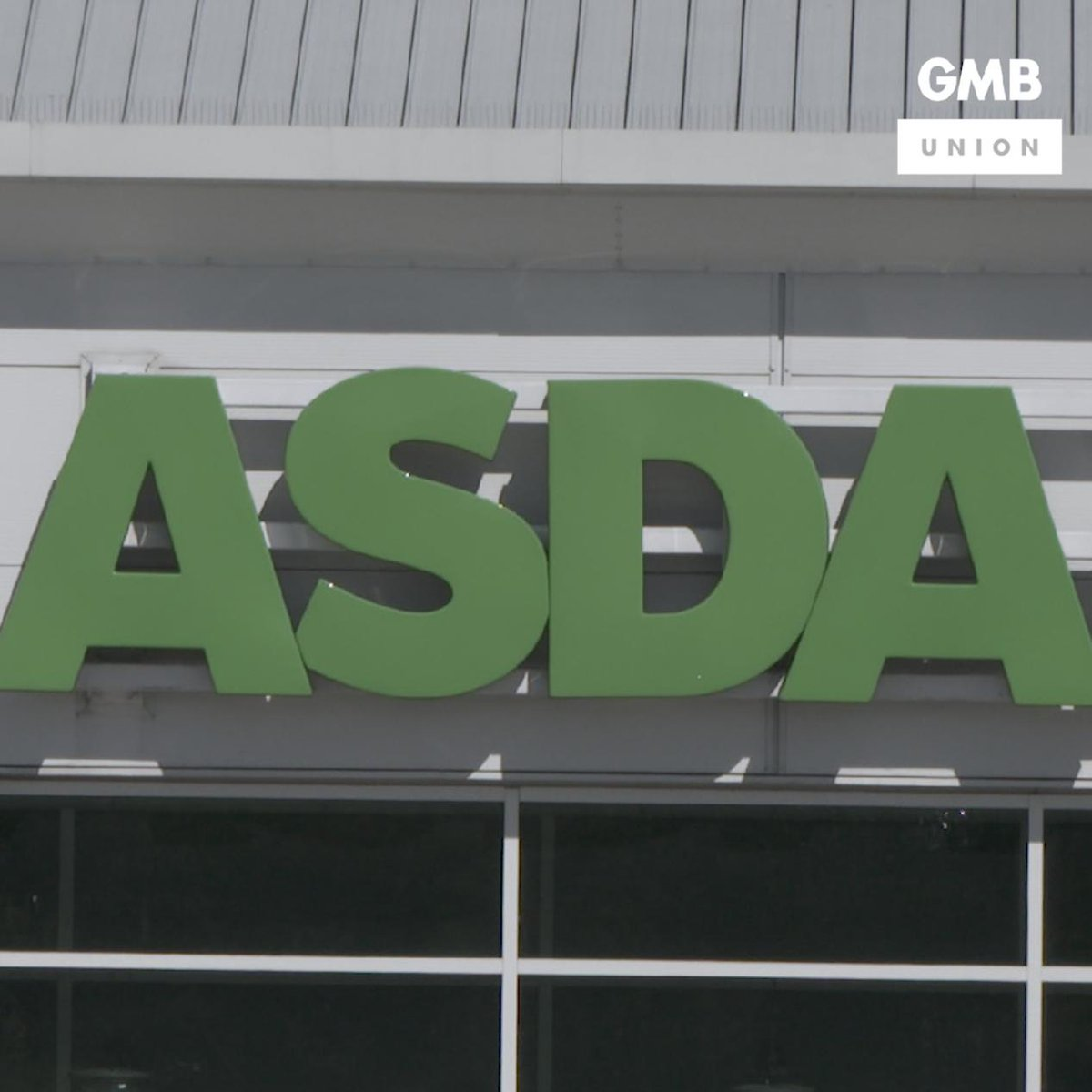 Shameful that Asda bosses are threatening hard-working staff with the sack if they don't agree to a punishing contract. Shoppers will be horrified. Its time for Asda to listen to its workers 👇