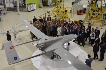 وفد أوكراني يبحث شراء طائرات بدون طيار تركية الصنع EBdVhPIWkAEHGxt