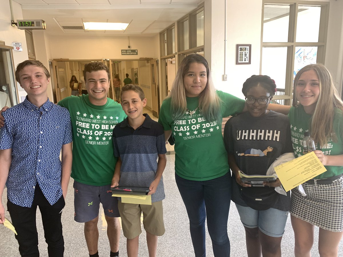 West Senior mentors show our new freshmen around on back to school day. Go West!